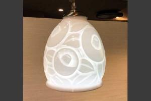 白磁ランプ 椿