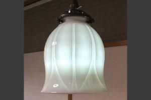 白磁ランプ チューリップ